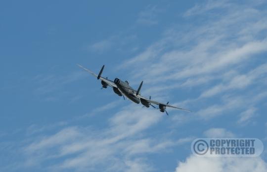 Lancaster boven Dronten